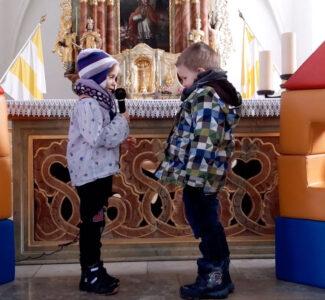 St. Martinsspiel - die Kinder