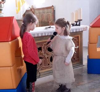 St. Martinsspiel - der Bettler erbittet Einlass